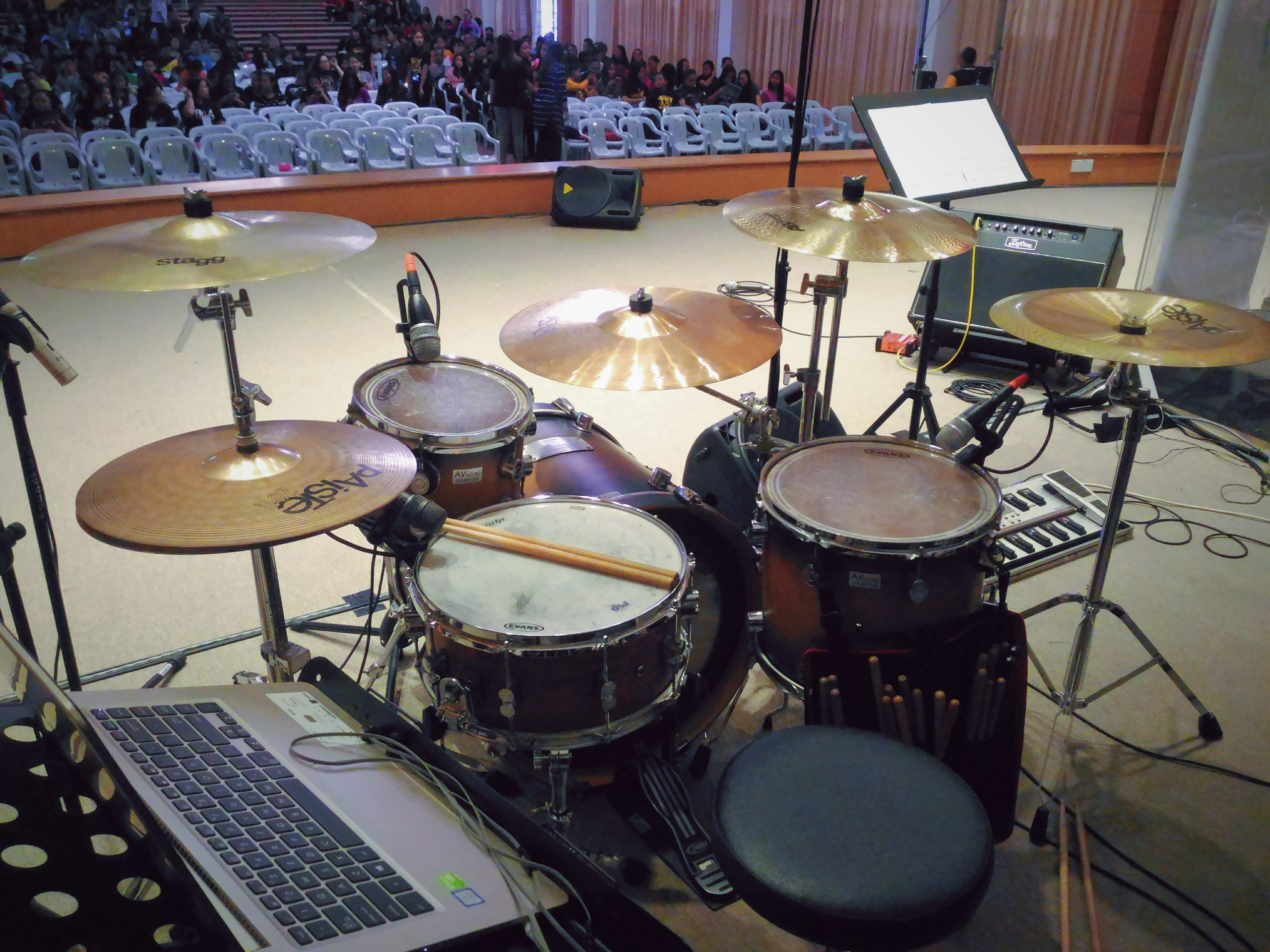 Photo was taken during CO17(a Christian youth conference) at BEM Hosanna, Sibu. I was the drummer! Such a fun kit to play!