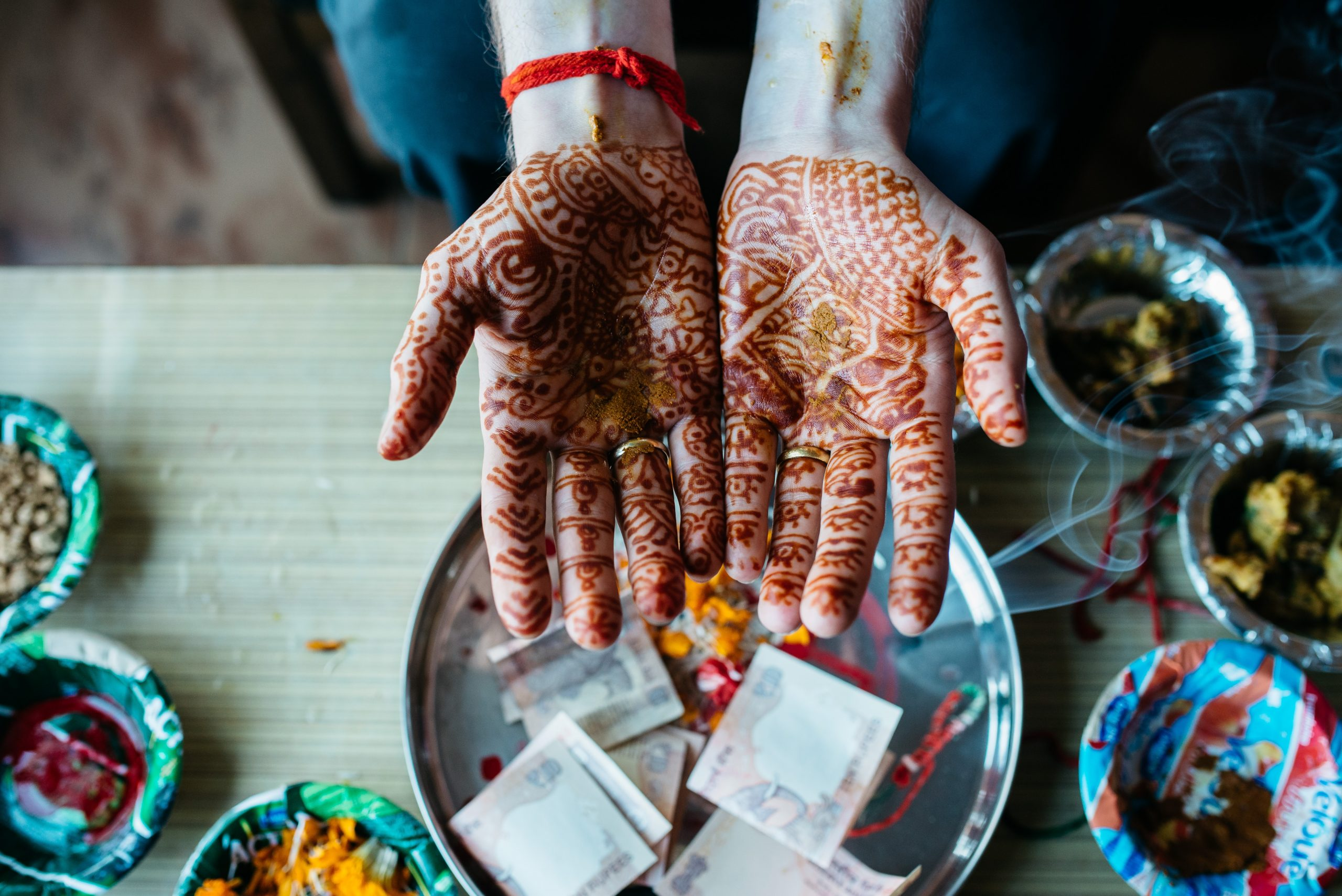 As a wedding photographer I had the opportunity to document the wedding of two friends in Shimla in India. This tradition belongs to the groom in India. It shows the hands of the goom right before the main wedding ceremony.