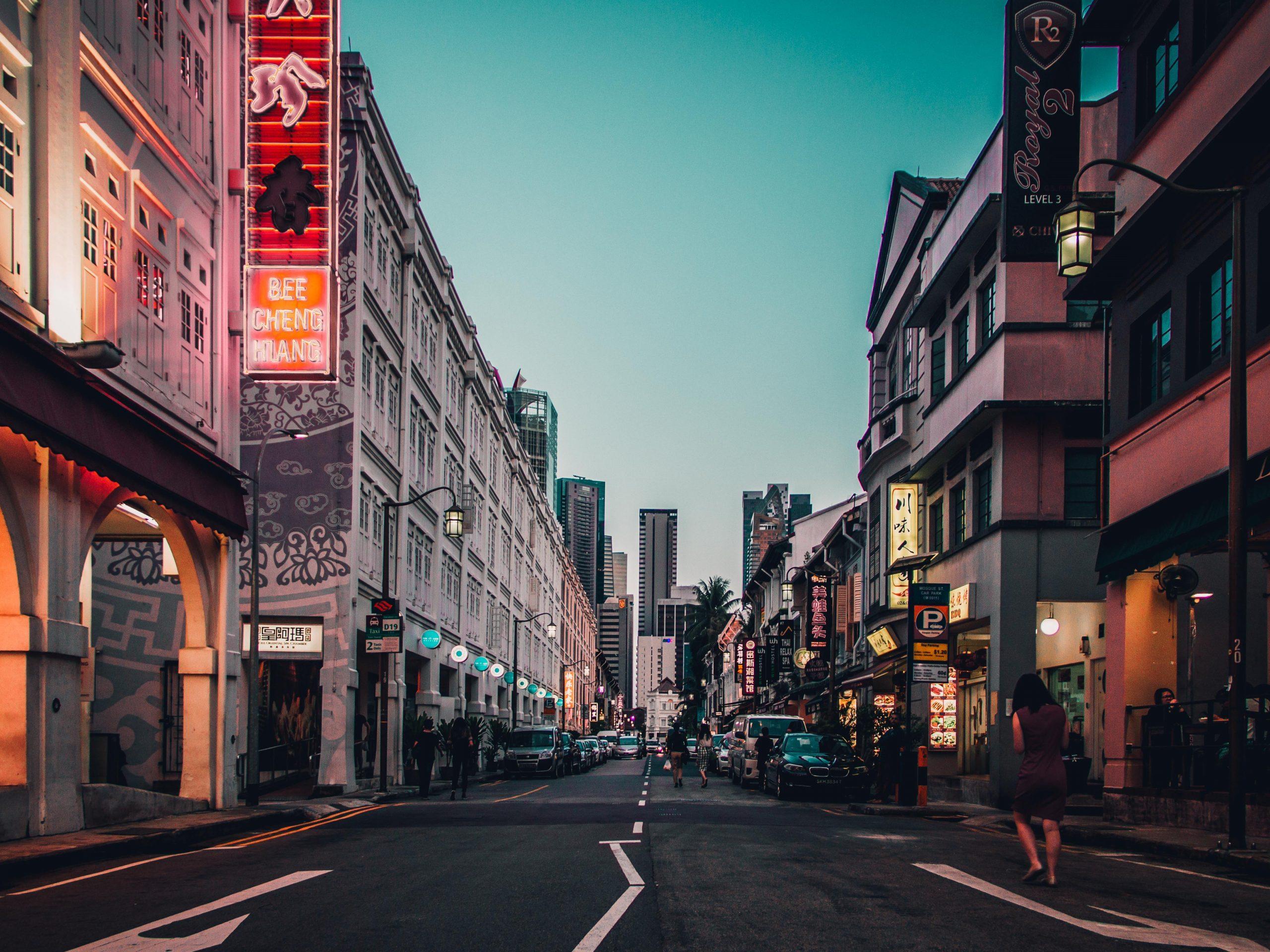 Quiet evening in Chinatown